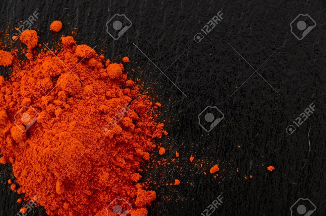 Pile of Red Paprika powder - 133269142