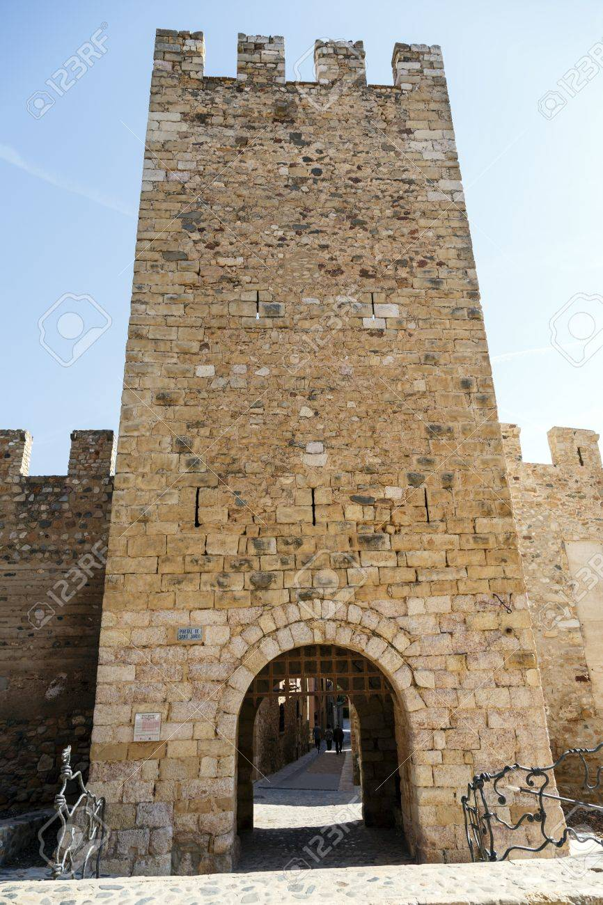 The famous door of Sant Jordi in walls of the fortified city of Montblanc Catalonia & The Famous Door Of Sant Jordi In Walls Of The Fortified City ... pezcame.com
