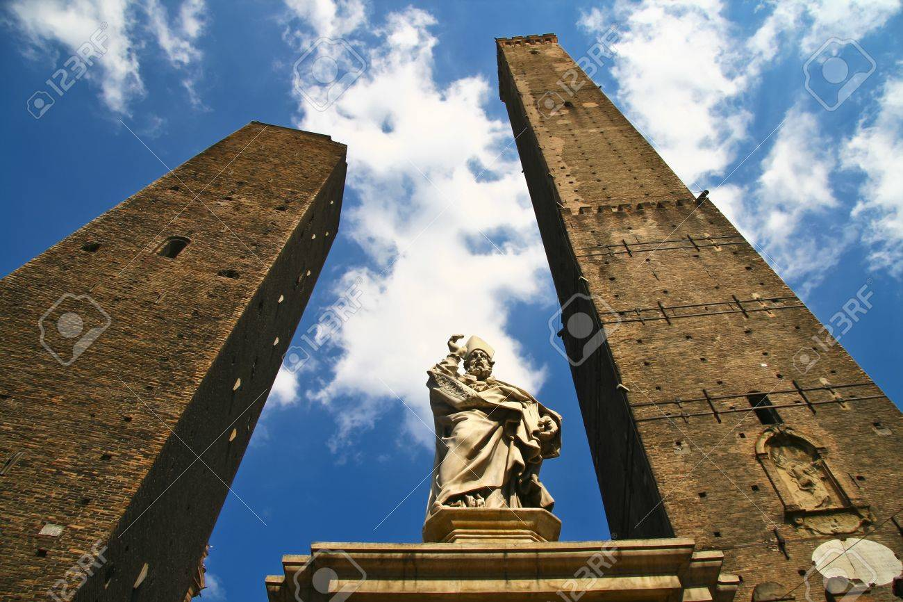 Asinelli Tower, one of the main sights in Bologna, Italy - 8937227