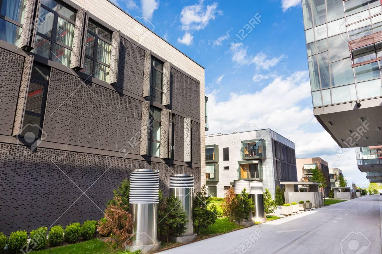Contemporary Eco Friendly Residential Architecture In Ljubljana ...