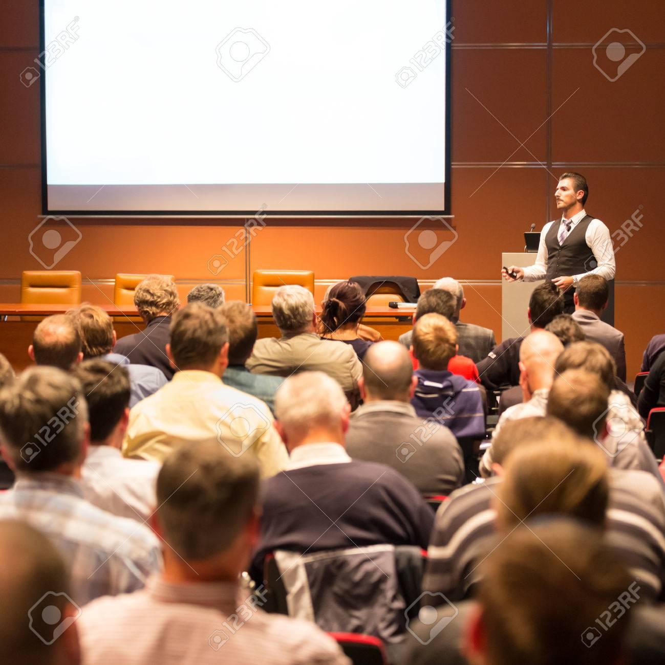 Speaker at Business Conference and Presentation. Audience at the conference hall. Business and Entrepreneurship. Standard-Bild - 53608038