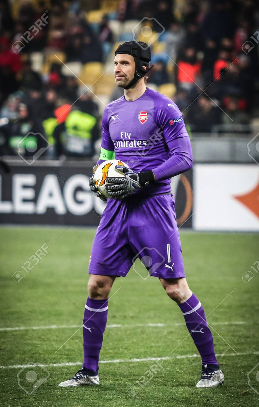 Kyiv Ukraine November 29 2018 Goalkeeper Petr Cech Of Arsenal Stock Photo Picture And Royalty Free Image Image 127627192