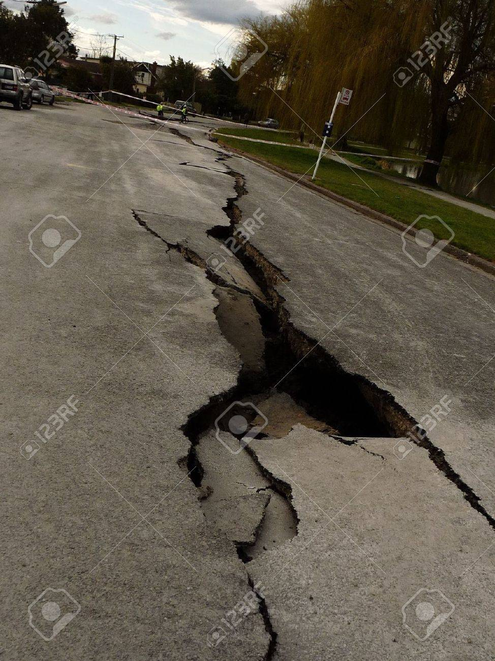 Christchurch, New Zealand, September 4 2010: Crack through road from Earthquake by Avon River Stock Photo - 7738833