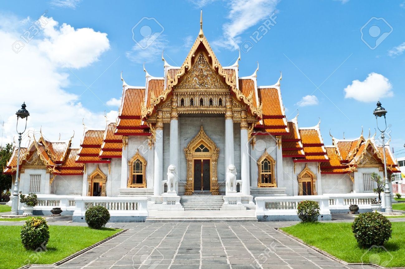 buddhism temple of the most beautiful in Thailand. Stock Photo - 10928419