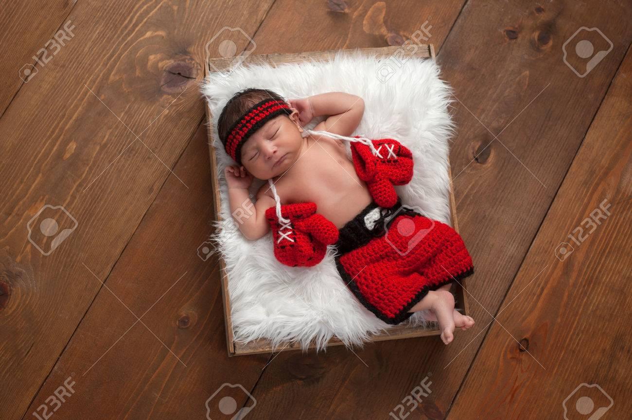 b109b5400 Once Días De Niño Recién Nacido De Edad