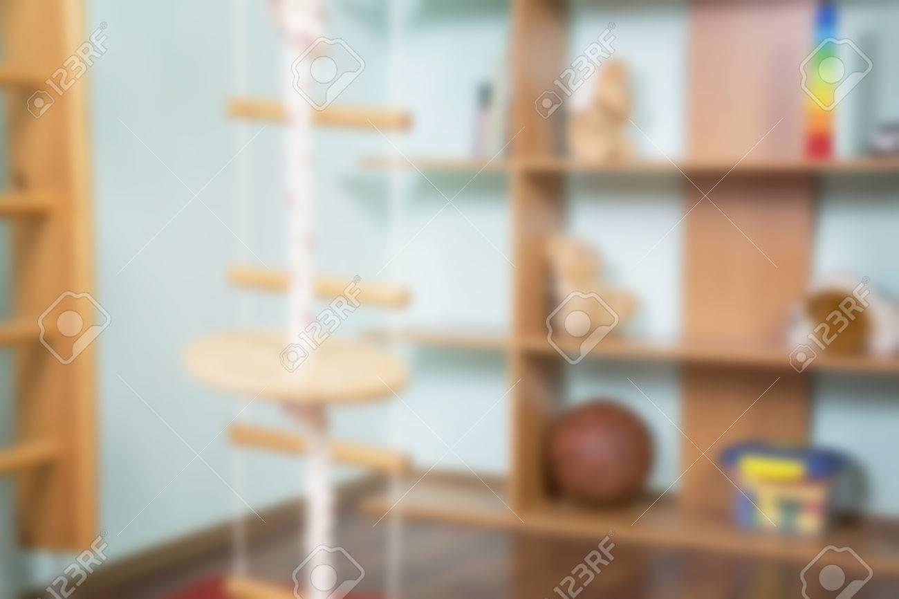 Blur Hintergrund In Weiß Und Beige Ton. Konzept Der Sport Kinderspielplatz  Zu Hause.