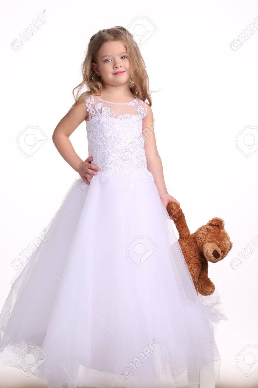 Robe petite fille de la mariee