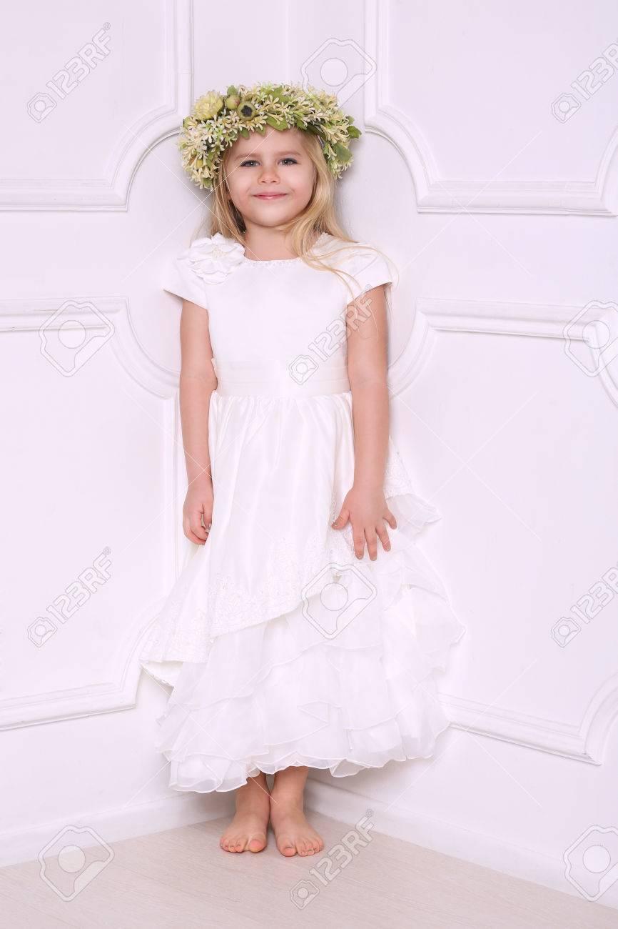 Vestidos En Para Niña Novia Bebé Usa Cabeza Cabeza Ropa Corona Que Lindo Nupcial Niñas Con La Niños Alineada De Vestido 0darqdBO