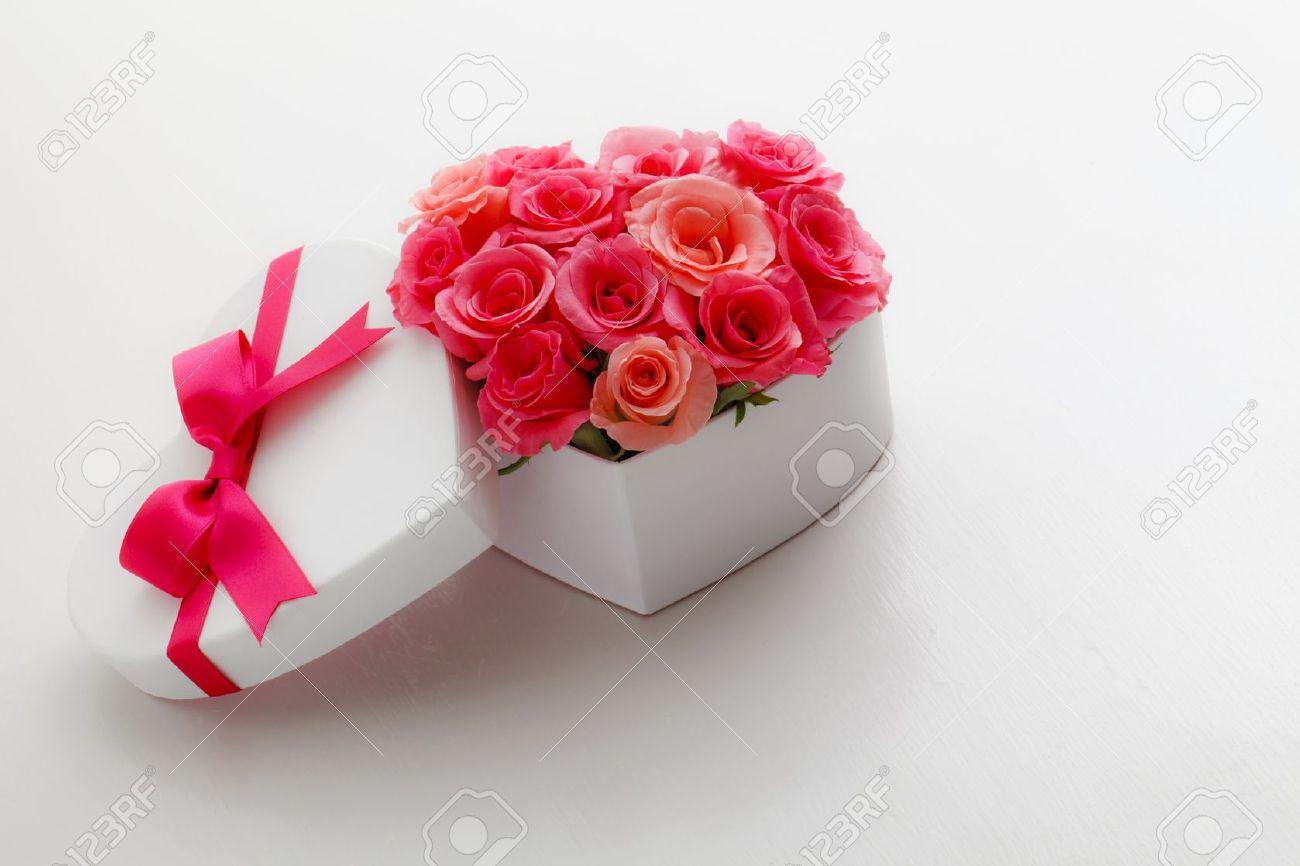 Heart of roses Stock Photo - 12693952