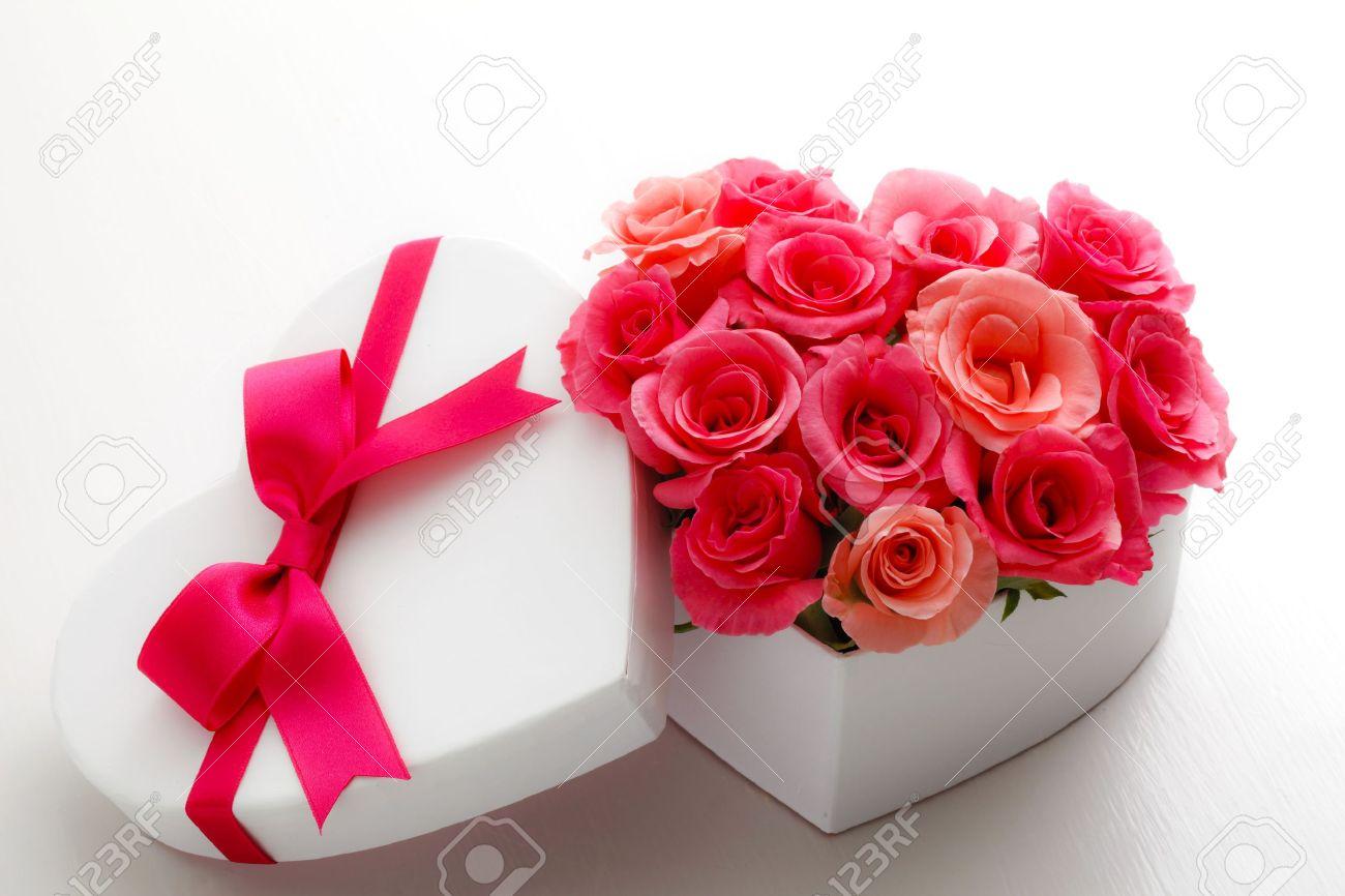 Heart of roses Standard-Bild - 12694207