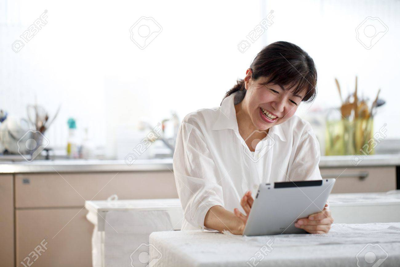 Tablet, women, Asians, Stock Photo - 18066075