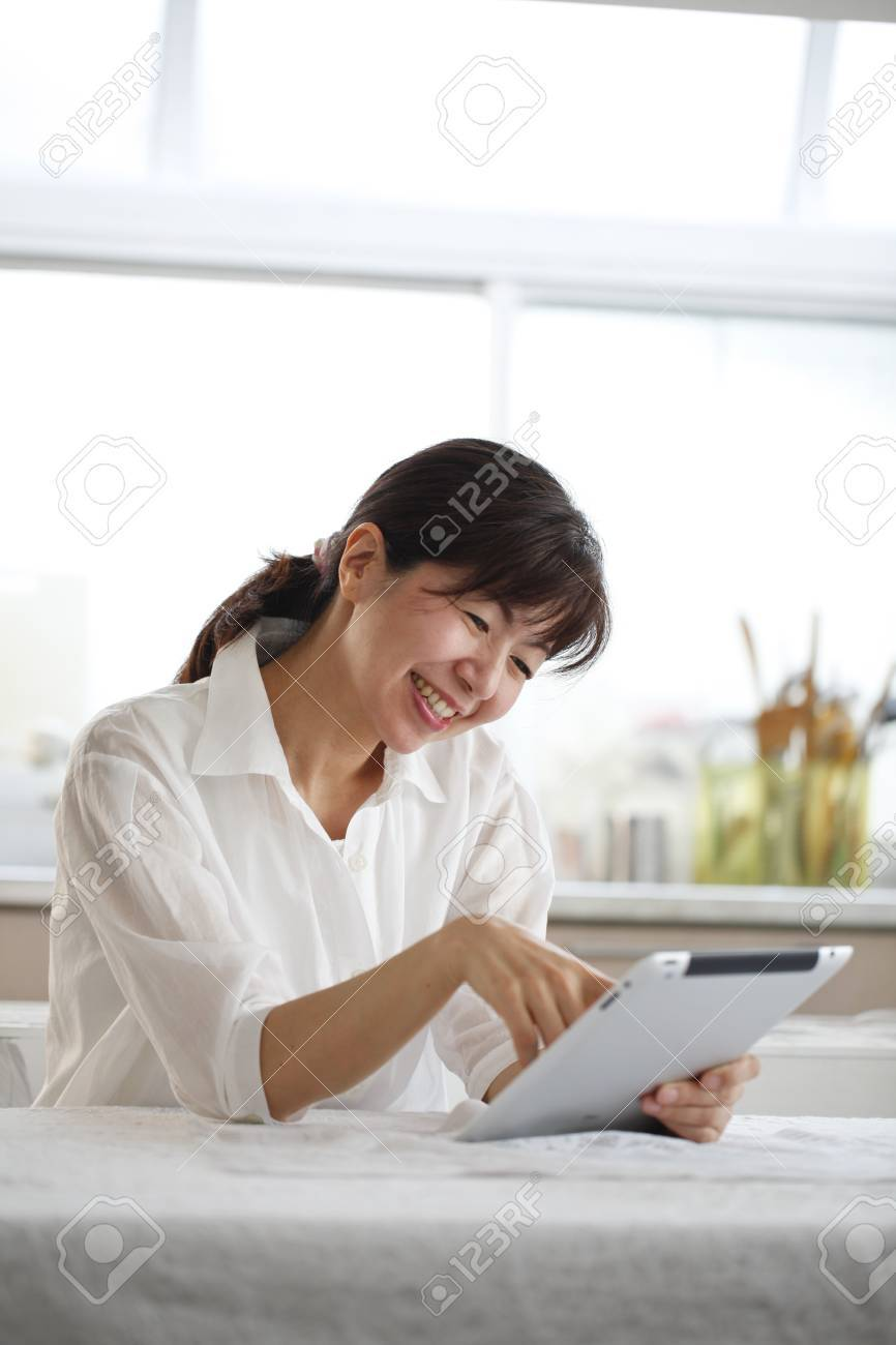 Tablet, women, Asians, Stock Photo - 18066072