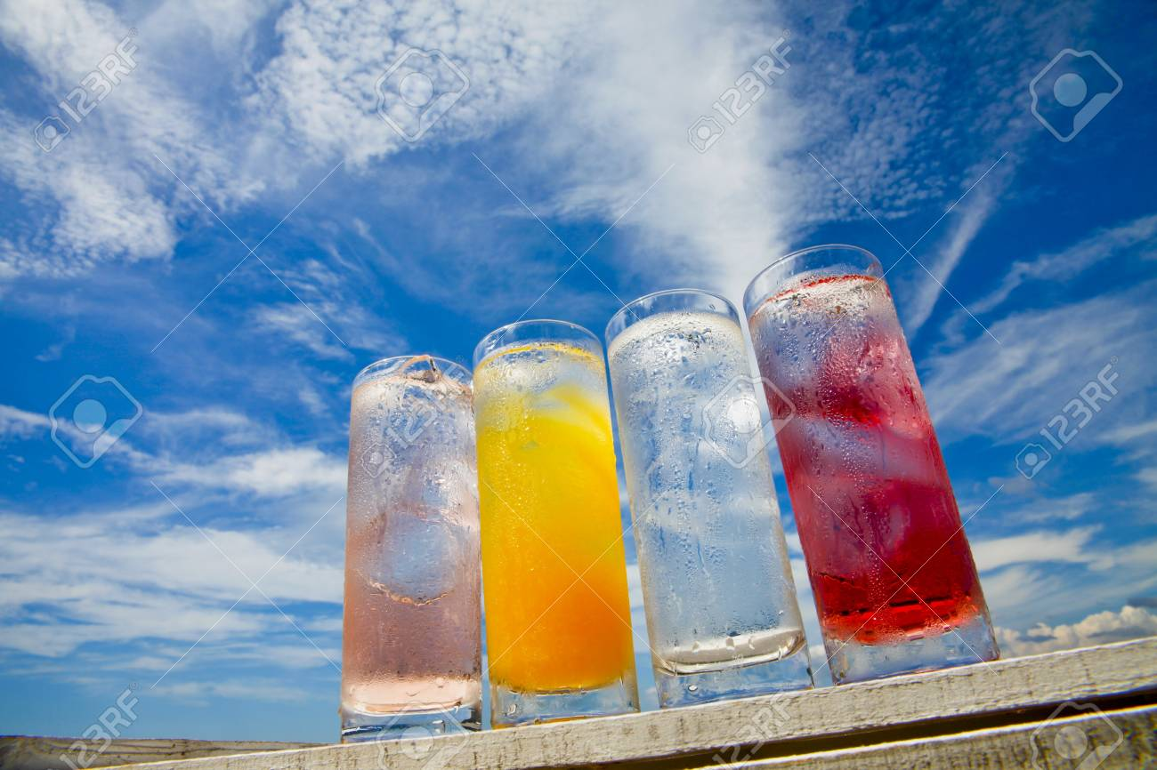 Summer sky and cold drinks Stock Photo - 18558420