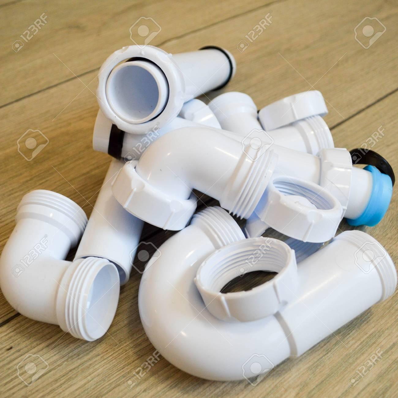 Turbo Weiße Kunststoff-Sanitär-, Sanitär-Rohre, Glatt Und Gebogen KF73