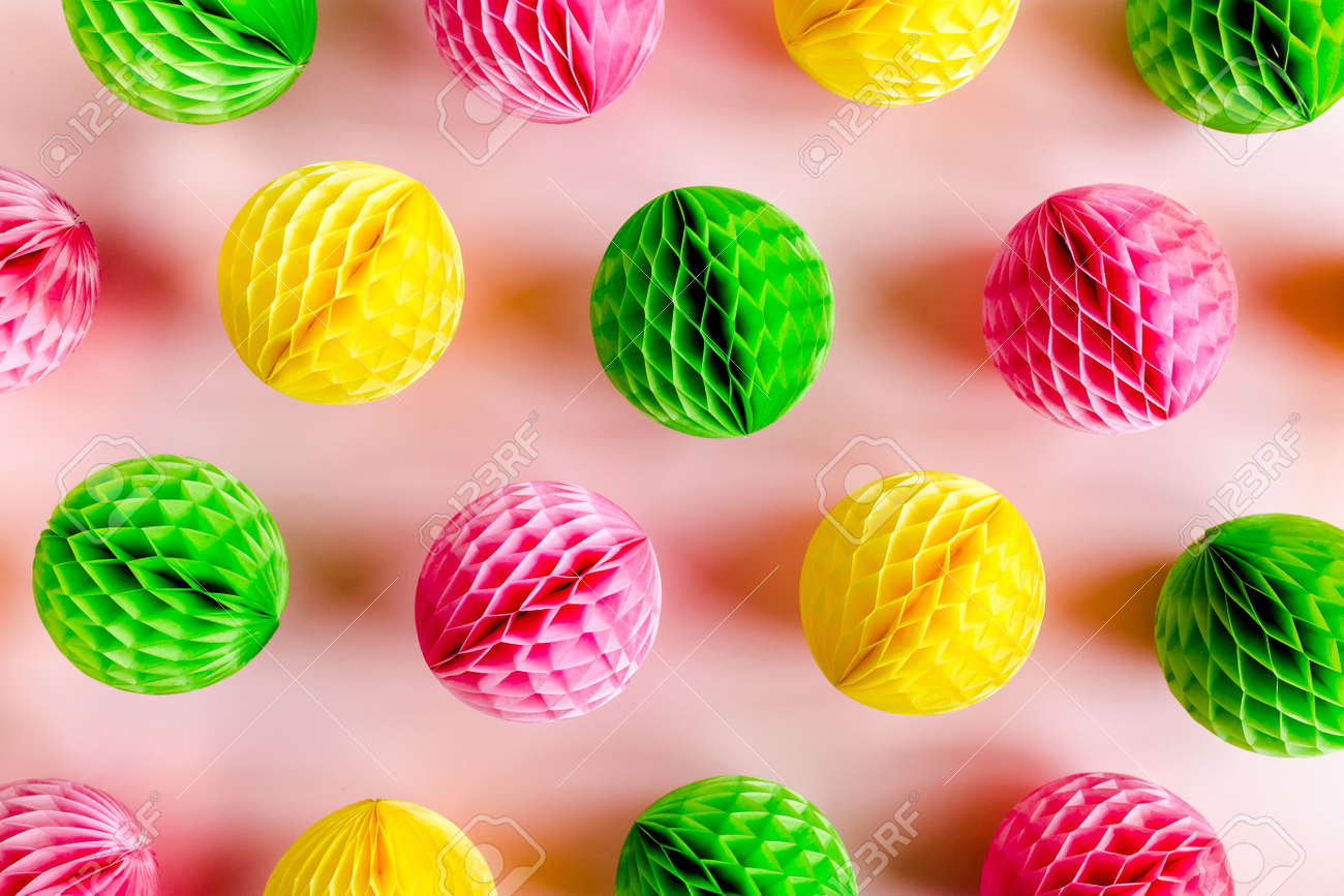 Balloons and confetti on pink background. Birthday, holiday concept. Flat lay, top view. Birthday party background - 155634070
