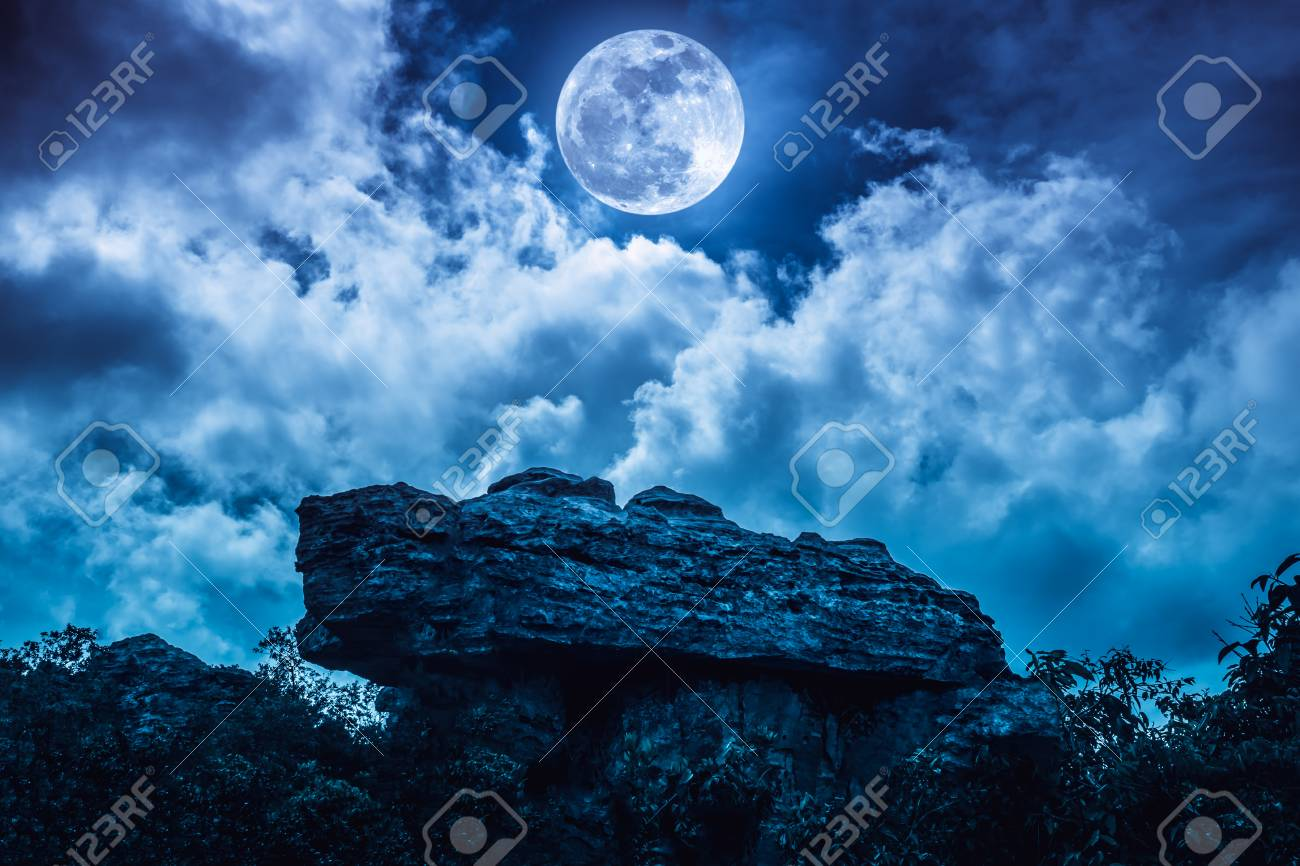 Blue Sky Full Moon But Not Blue Moon >> Boulder With Blue Sky Background And Beautiful Full Moon Behind