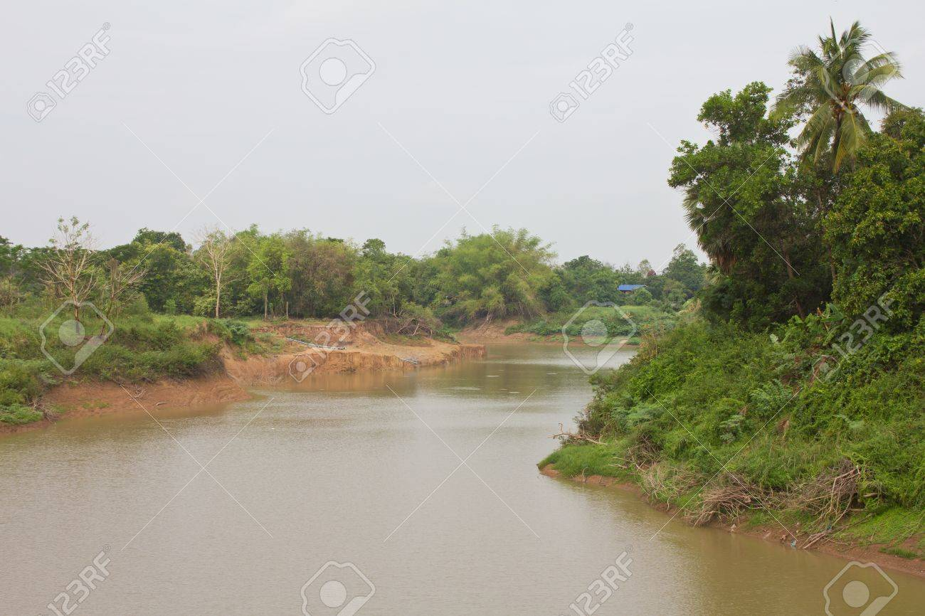 Views of the Smoky River in rural areas with soil erosion and shoreline Stock Photo - 13778574