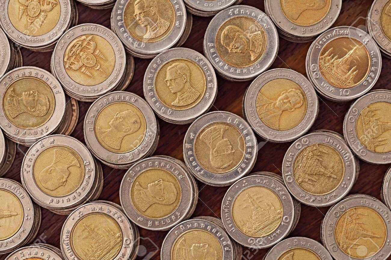 Thai 10 Baht Münzen Lizenzfreie Fotos Bilder Und Stock Fotografie