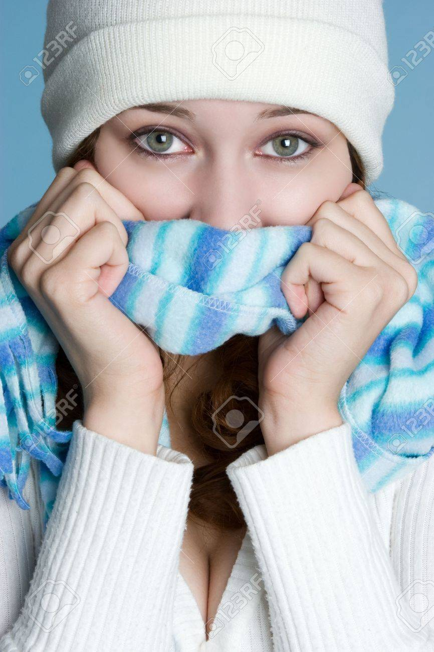 Cold Winter Woman Stock Photo - 3902209
