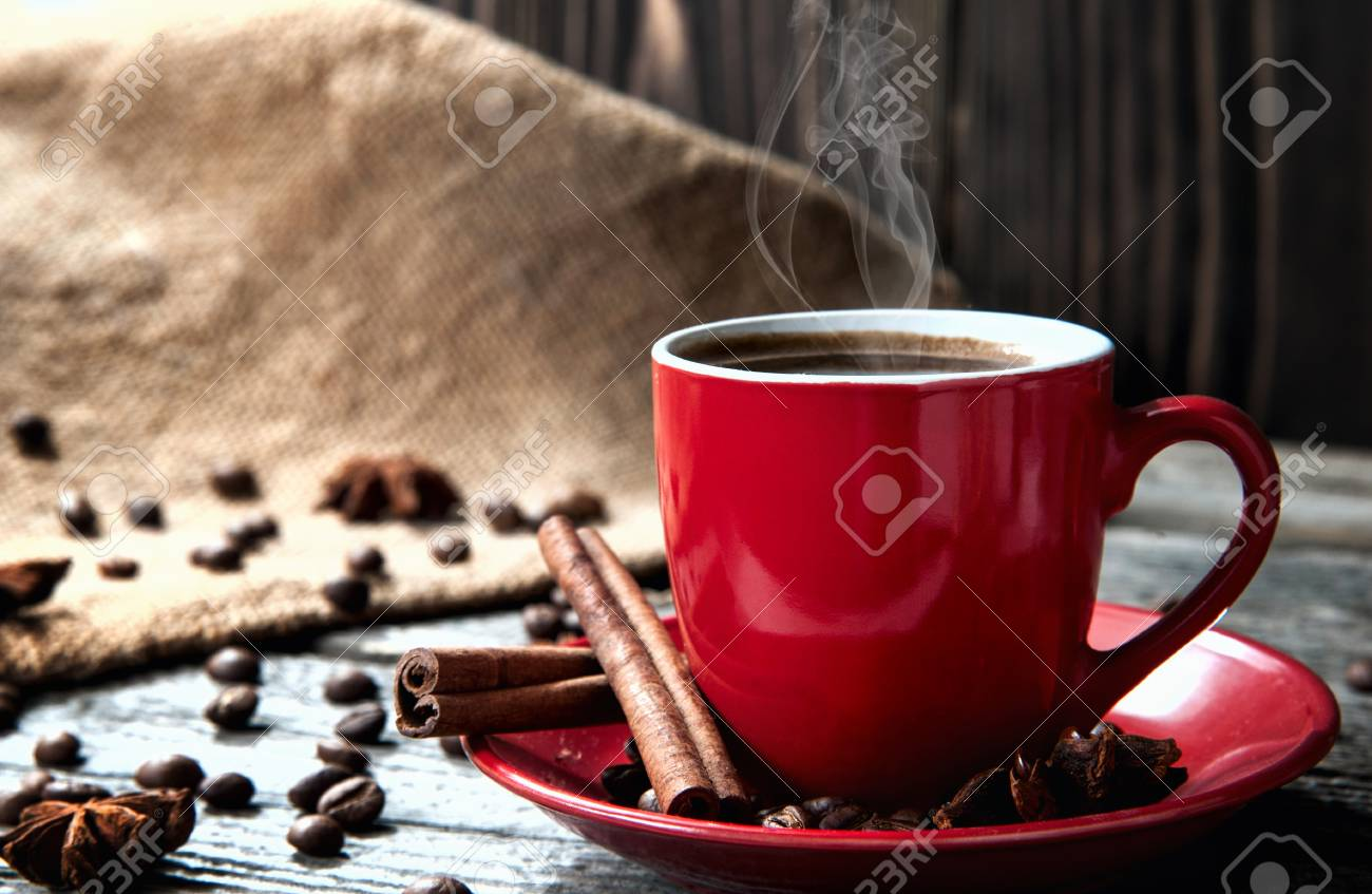 Cinnamon In Table Mug Red And Coffe On Beans Coffee Wood With srQBthxdC