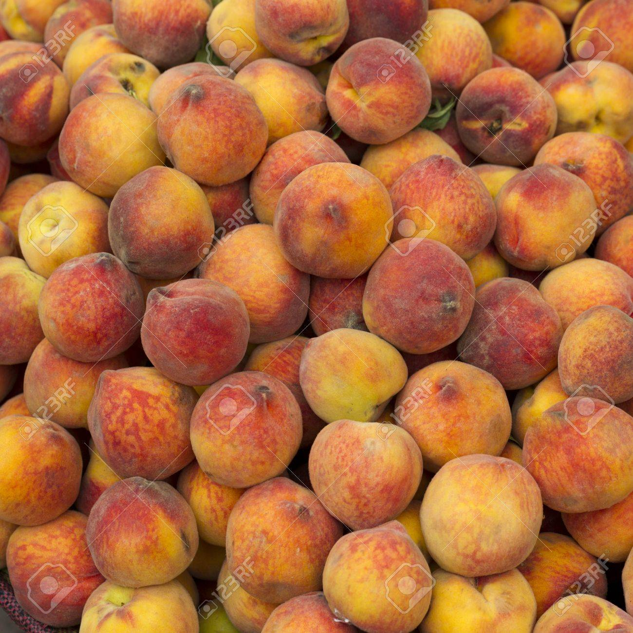 Peaches for sale at a store, Sacred Valley, Cusco Region, Peru Stock Photo - 16807985