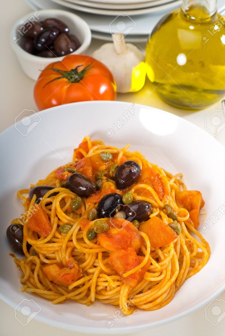 spaghetti pasta with fresh home made  puttanesca sauce Stock Photo - 6971741