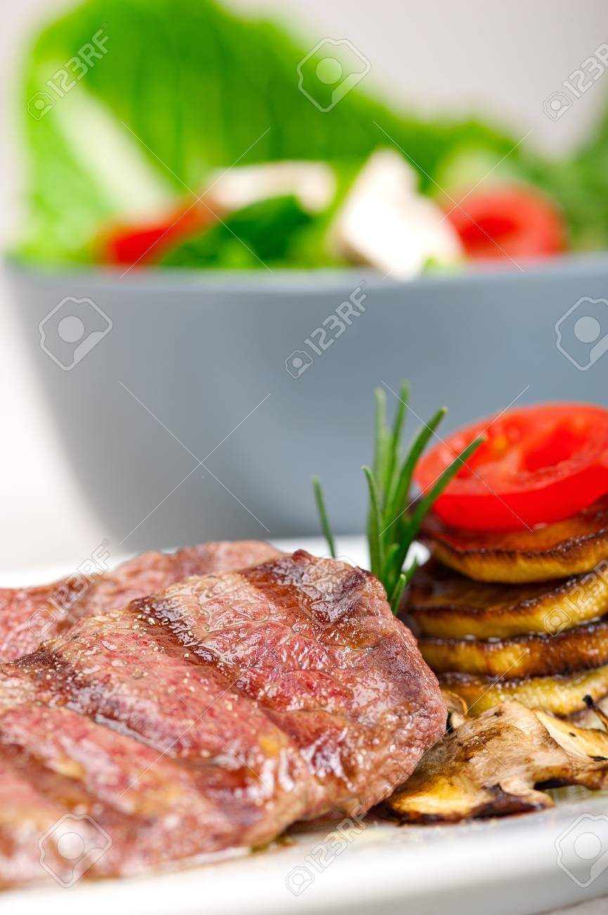 grilled Kobe Miyazaky beef with fresh vegetables Stock Photo - 17846684