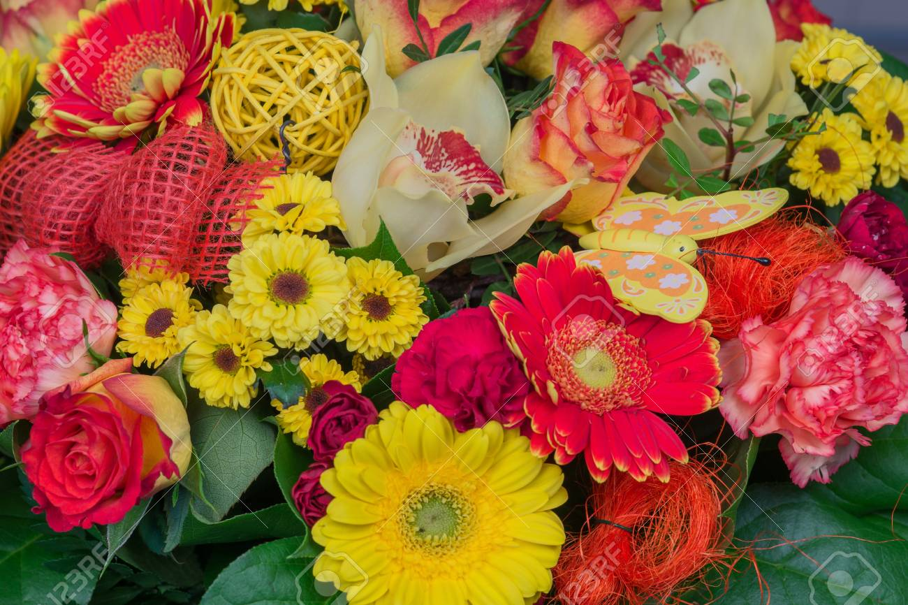 Famous Colorful Flower Bouquets Image Collection - Coloring Page ...