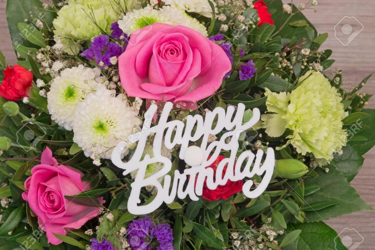 Bouquet De Fleurs Colorees Bouquet De Fleurs Avec Le Texte Joyeux