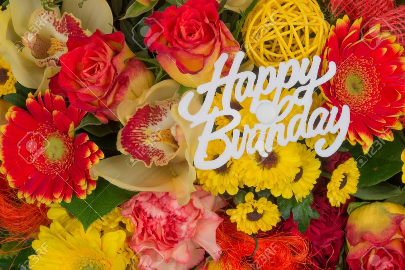 Bouquet De Fleurs Colorées Bouquet De Fleurs Avec Le Texte Joyeux Anniversaire