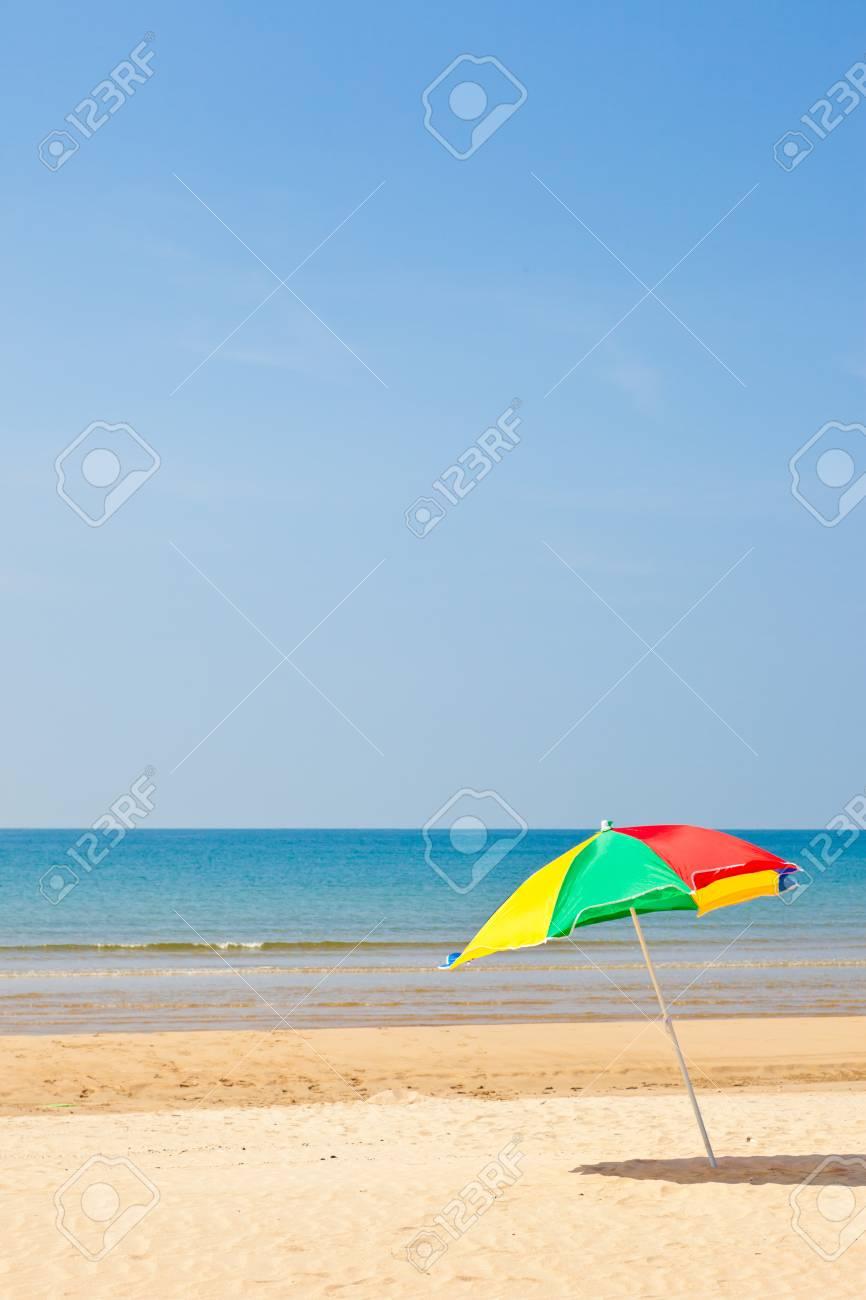 Ombrelloni Per La Spiaggia.Questa E Una Foto Degli Ombrelloni Mare E La Spiaggia Che E Stata Presa In Estate