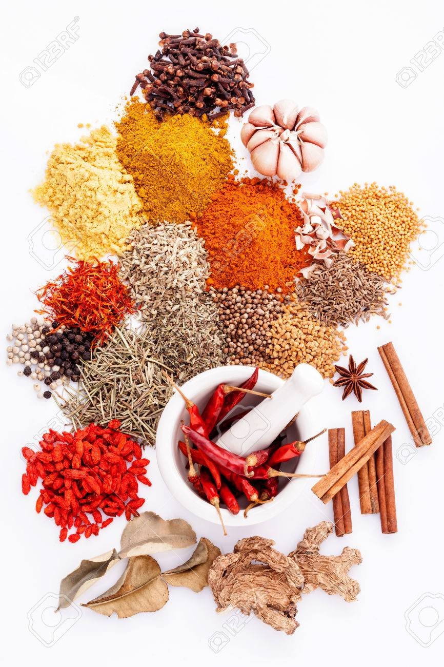 Assorted of spices black pepper ,white pepper,fenugreek,cumin ,bay leaf,cinnamon,thyme,matrimony vine(chinese wolfberry),safflower,rosemary and fennel seeds with white mortar isolated on white background. - 50438896