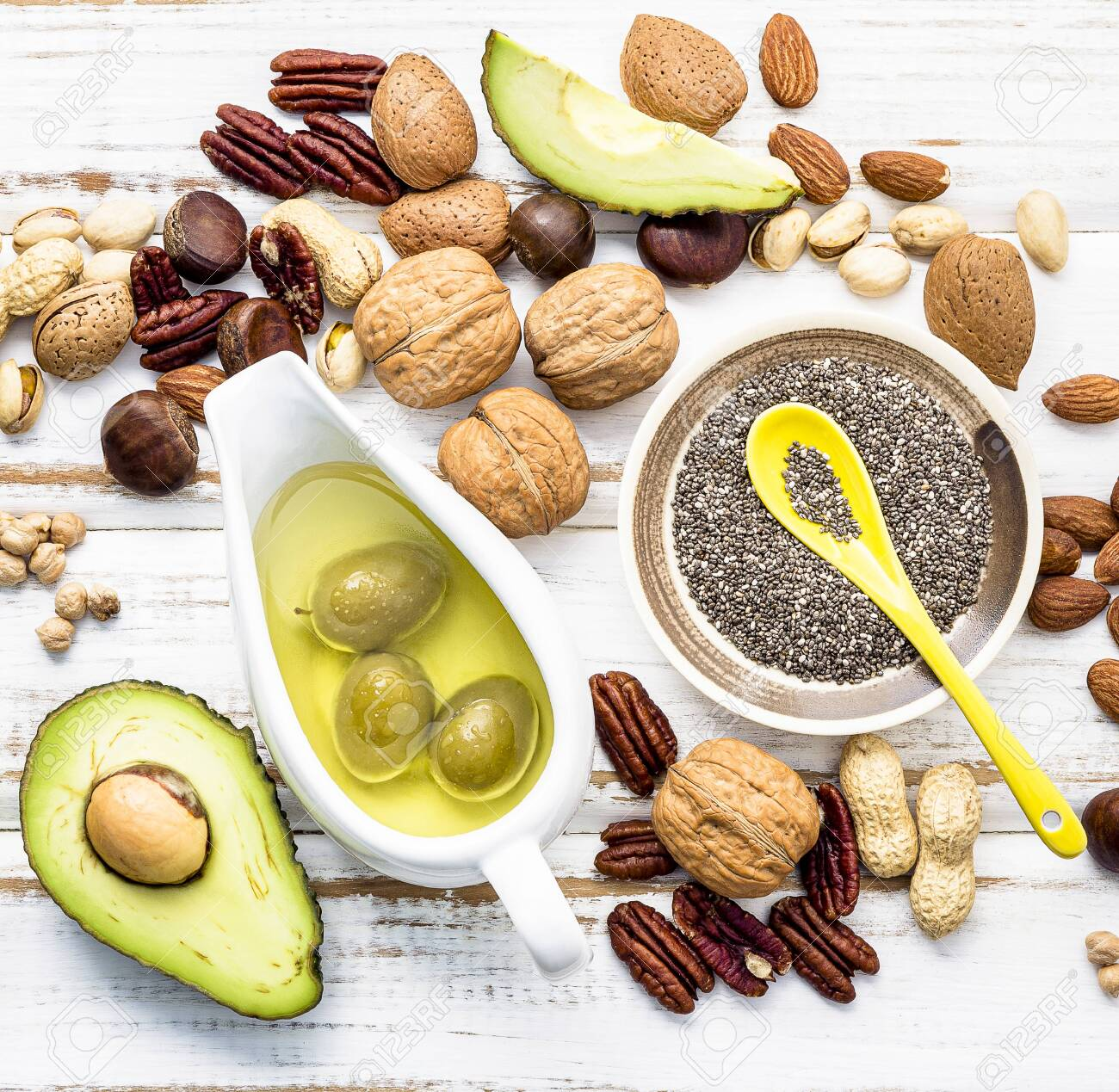 Selection food sources of omega 3 and unsaturated fats. - 128051604