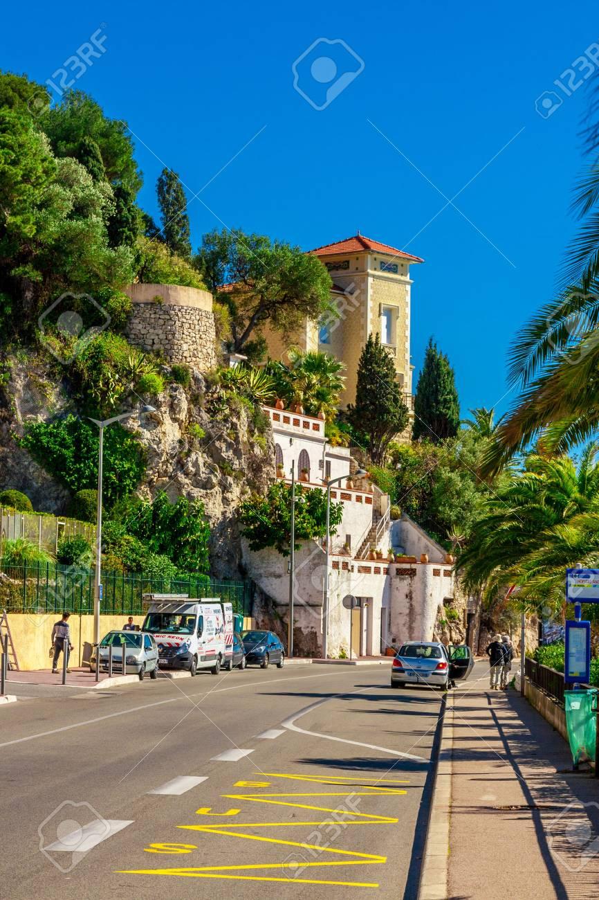 View of beautiful landscape with Mediterranean luxury resort. Villefranche-sur-Mer, Nice, Cote d'Azur, French Riviera. - 54496972