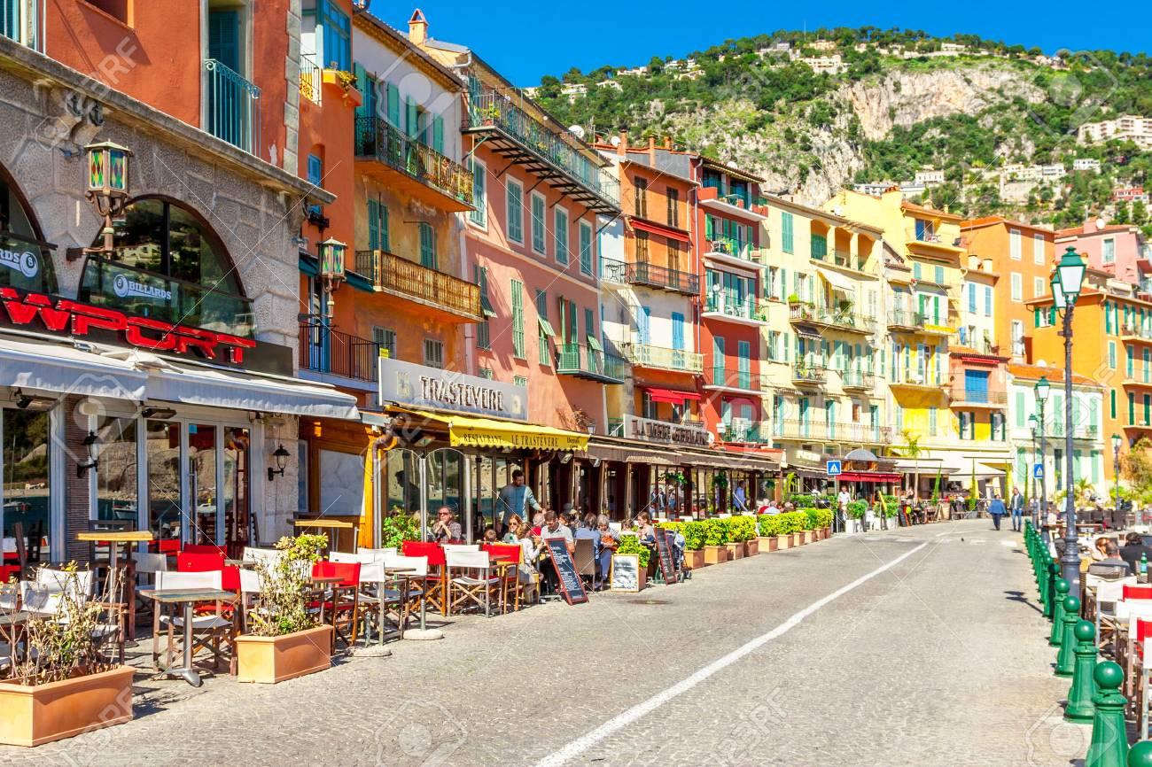 View of beautiful landscape with Mediterranean luxury resort. Villefranche-sur-Mer, Nice, Cote d'Azur, French Riviera. - 54469404