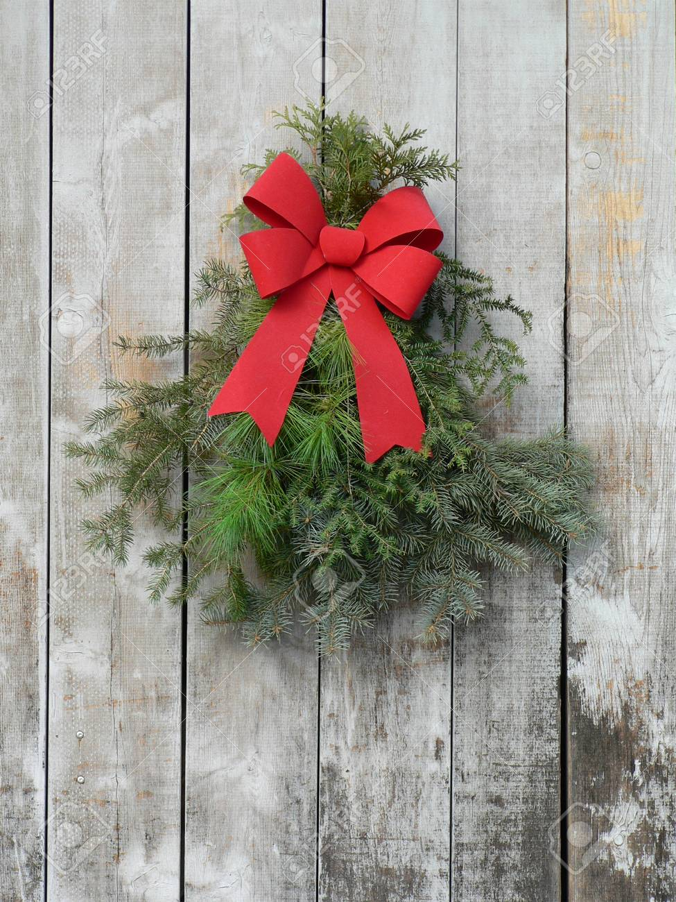 Christmas Swag.Christmas Swag On Rustic Barn Board