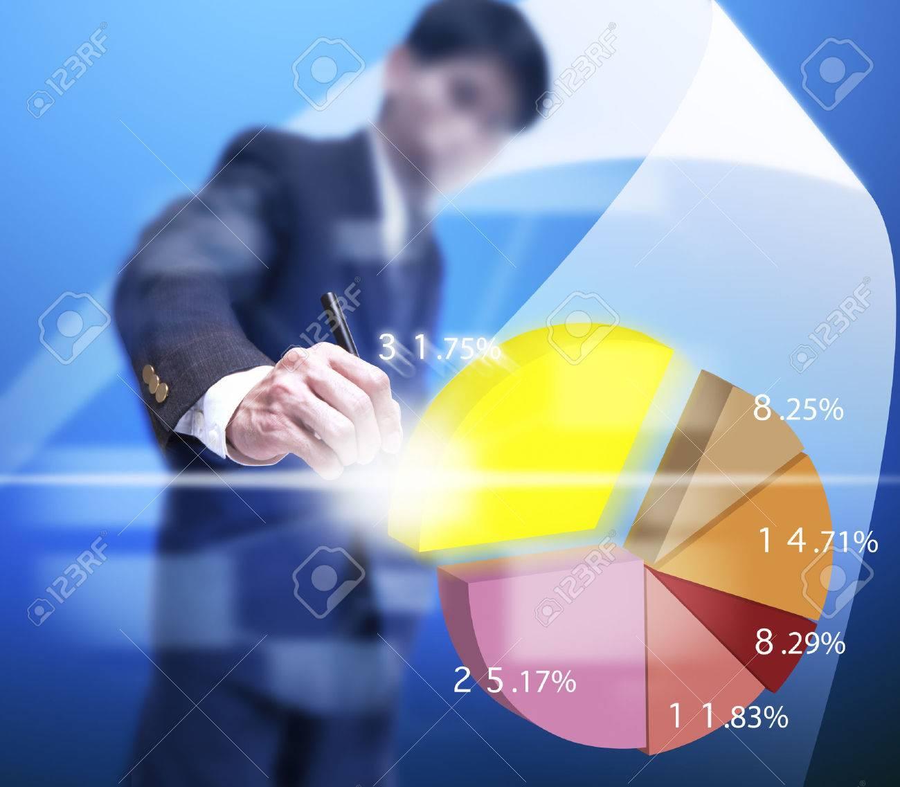 Geschäftsmann holen ein Teil der virtuellen Graphen. Standard-Bild - 25151463