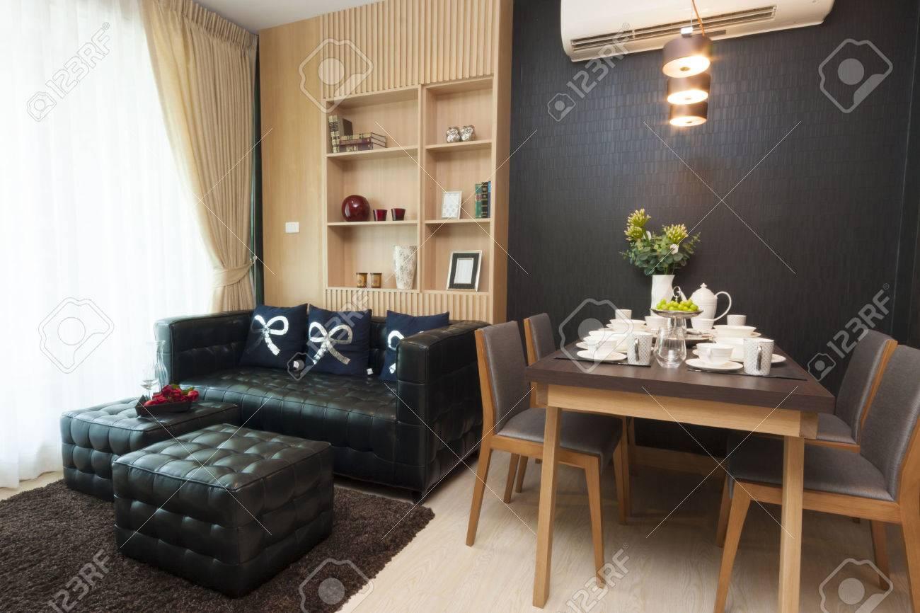 Luxus kleines Zimmer Innenarchitektur. Standard-Bild - 31446737