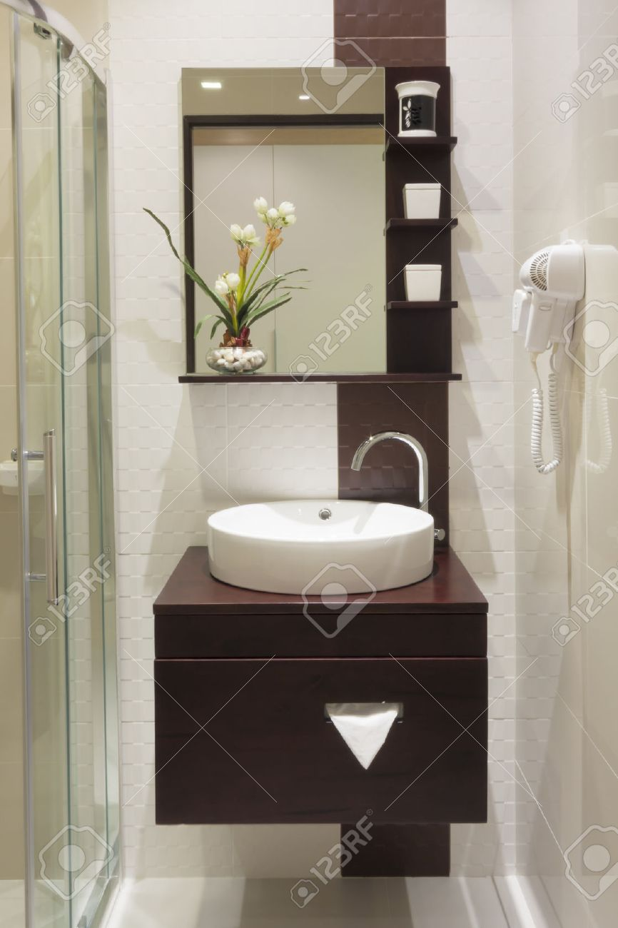 Luxury Small Bathroom In Hotel. Stock Photo   31466284