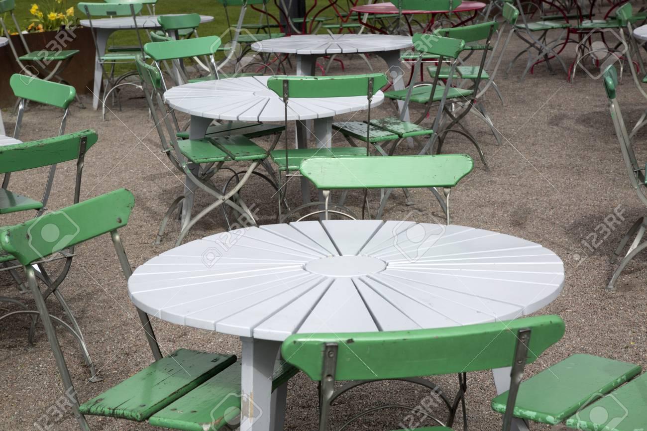 Café Tisch Und Stühle, Garten Königs, Stockholm, Schweden