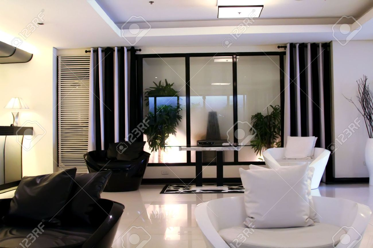 Wohnzimmer Wartezimmer Mit Modernen Eleganten Schwarz Weiß Design  Standard Bild   1770872