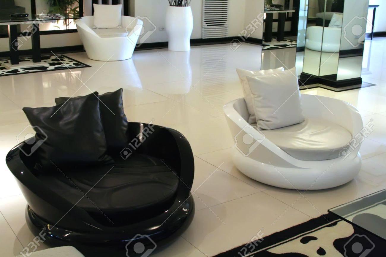 Living room waiting room with elegant modern black and white design Stock Photo - 2274599