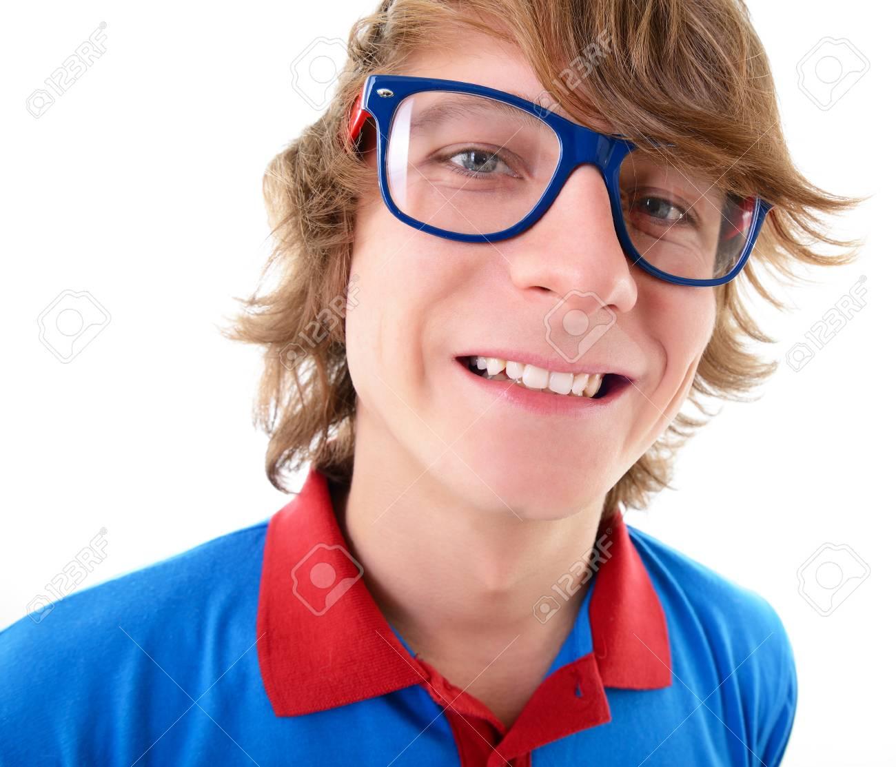 Hombre Sonriente Gracioso ModaMás Sol Con De Joven Gafas YbmIf7gy6v