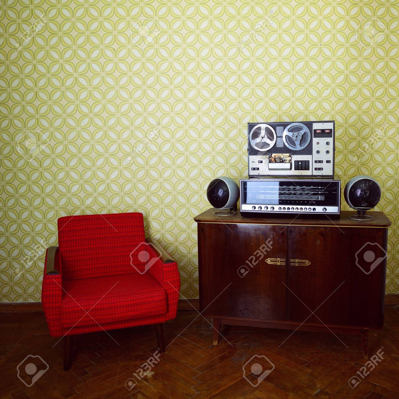 Vintage Room Of Music Lover With Green Wallpaper Old Fashioned