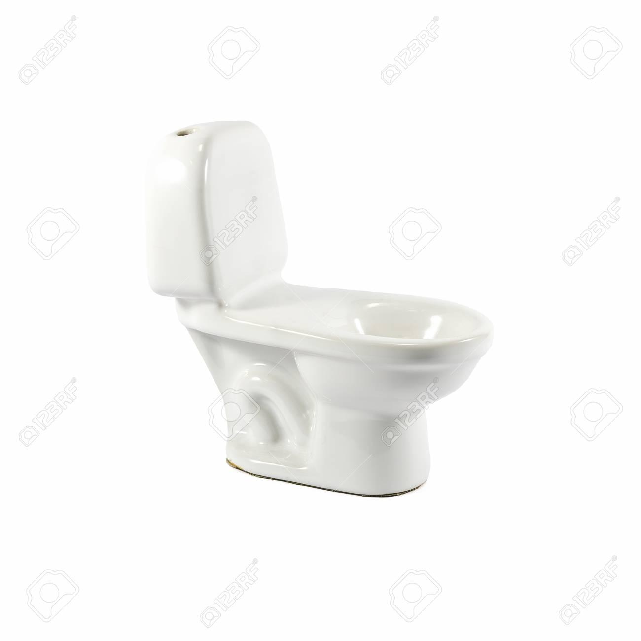 Céramique blanche modèle toilette sur fond blanc