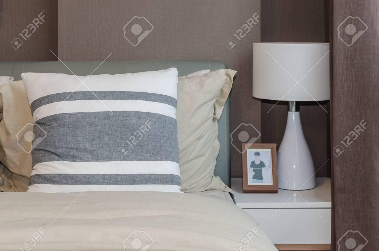 Modernes Schlafzimmer Wand Dekorieren Tapete Braun Creme Tropfen, Modern  Dekoo