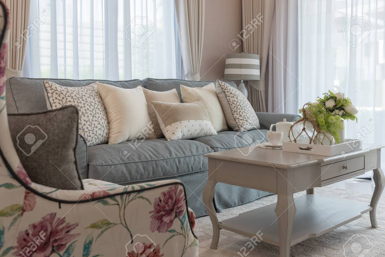 classic living room style with elegance sofa and set of pillows, interior design decoration concept - 120398804