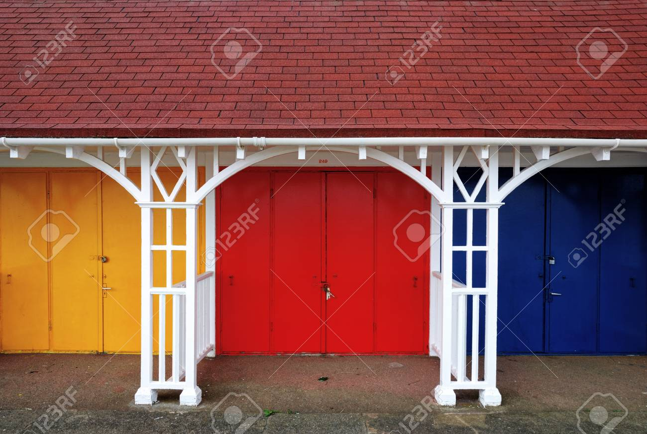 A row of colouful beach huts in the popular English seaside resort of Scarborough Stock Photo - 15047145