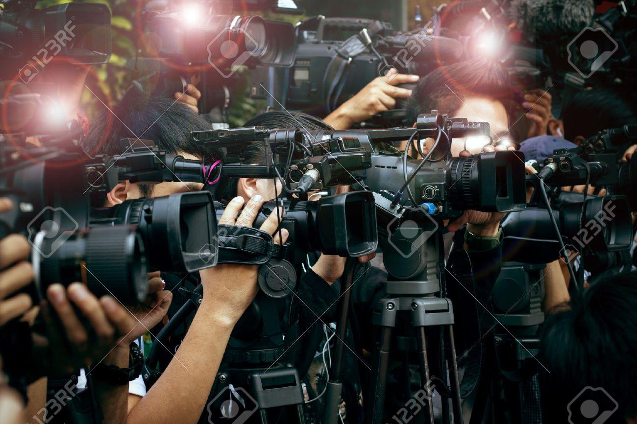 報道カメラ、ビデオ カメラマン...