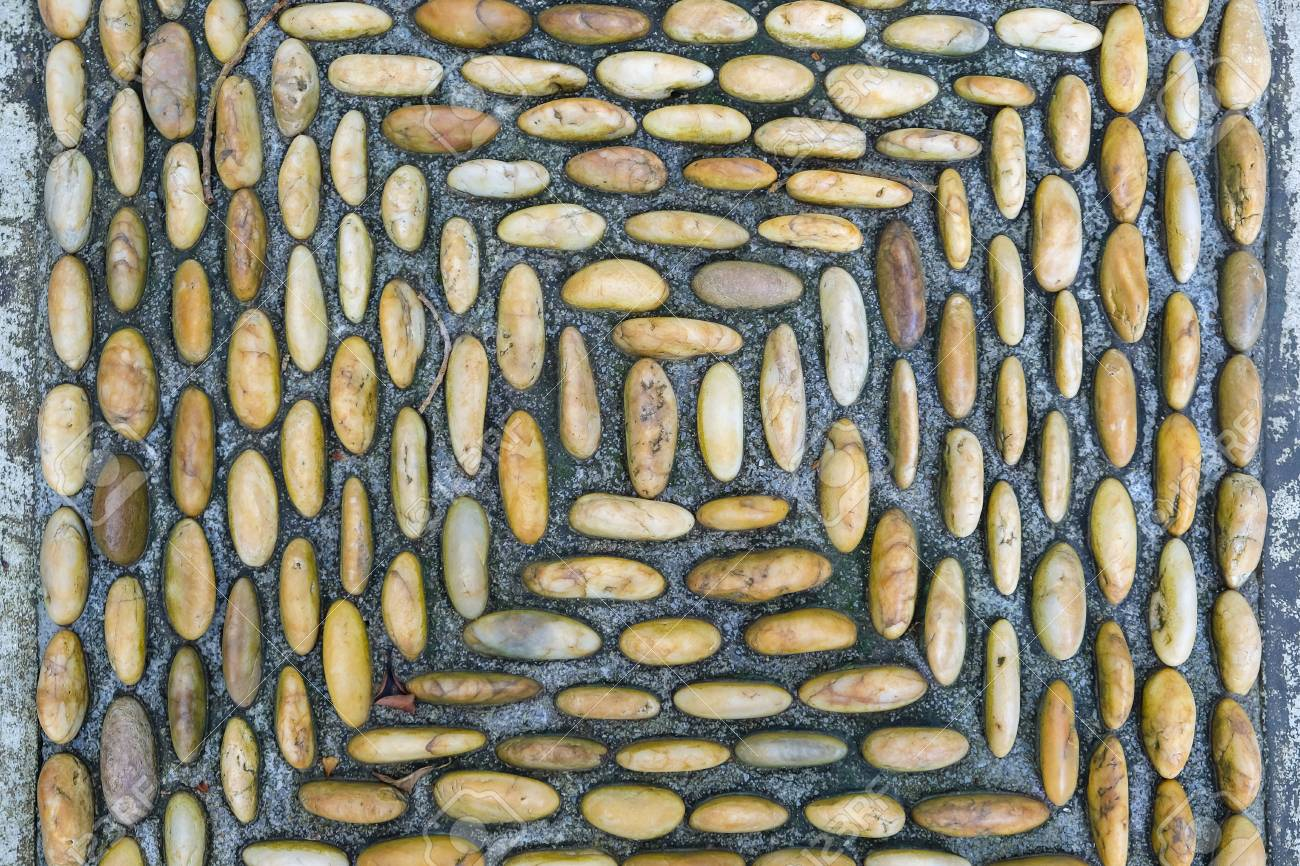 Background of rocky gravel stones closeup Standard-Bild - 46785371